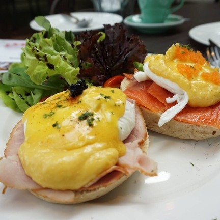 The Hub Cafe and Eatery พระราม 9