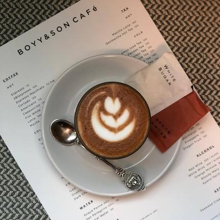 BOYY & SON CAFE gaysorn village