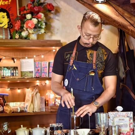 Hohm Cafe Hohm cafe at Huan jun tip