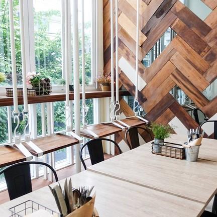 Brekkie Organic Cafe & Juice Bar