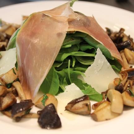 mixed mushroom salad