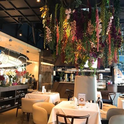 Sava All Day Dining EMQuartier ,The Helix Quartier