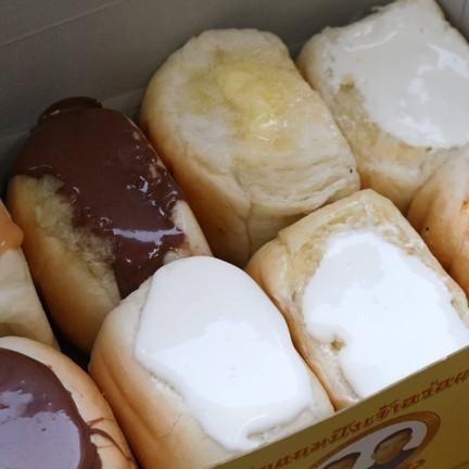ขนมปังเจ้าอร่อยเด็ดเยาวราช ภูเก็ต