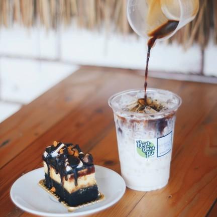 บันดาลใจ Coffee & Eatery