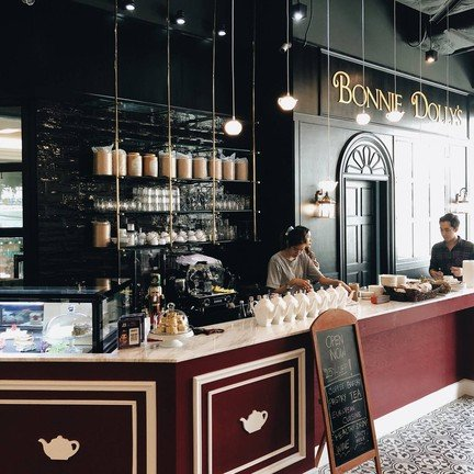 Bonnie Dolly's Eatery and Tea Room ถนนวิทยุ