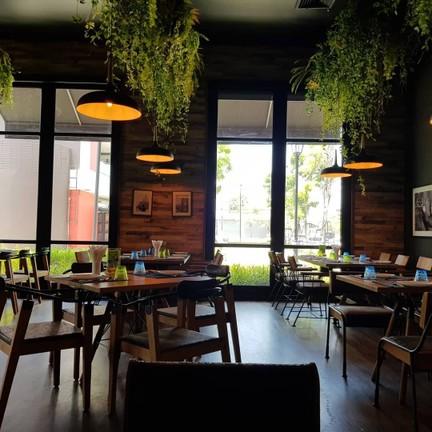 Avatar Bistro Bar