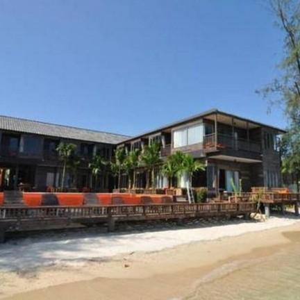 Baan Ploy Sea