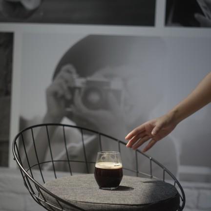 Greyhound Coffee เอกมัย