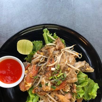 ทายาทผัดไทย หอยทอด