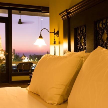 โรงแรมอรุณเรสซิเดนท์