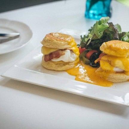 Souffle & Souffle Pancakes Cafe
