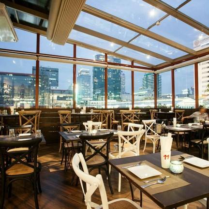 Crostini Italian Restaurant Mercury Ville