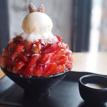 Say Hi Dessert Cafe  ไทรม้า