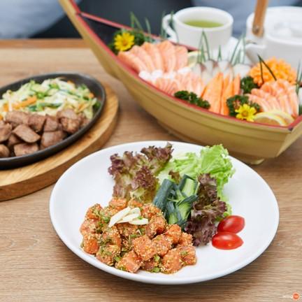 Kin Donburi Cafe' I'm park