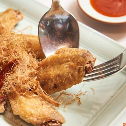 August Tasty Organic Eatery Mega Bangna