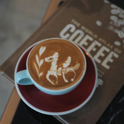 ดื่มด่ำไปกับความหอมละมุนของ latte art