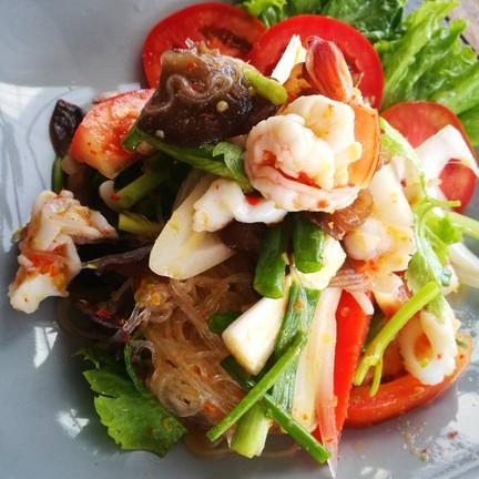 Seafood salad 80.-