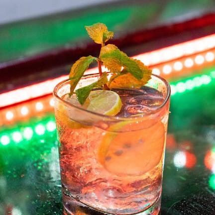 Hard Cocktail Bar