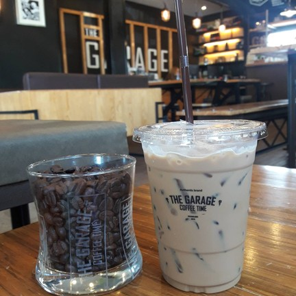 The Garage Coffee TIME ขอนแก่น