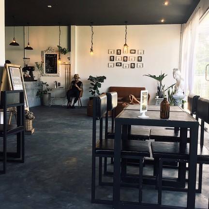 Myth Coffee Bar & Hangout Space