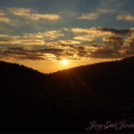 ชมพระอาทิตย์ขึ้น