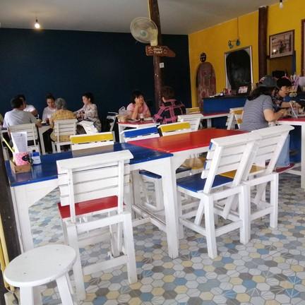 ร้านอาหารเครซี่-บี สเต็กเฮ้าส์ สวนผึ้ง