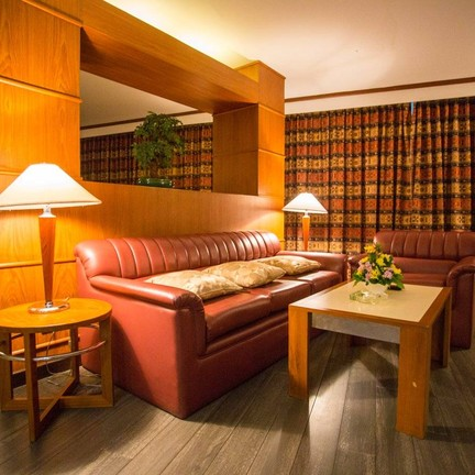 ขอบคุณรูปภาพจาก โรงแรมฟรายเดย์