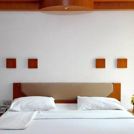 ขอบคุณรูปภาพจาก โรงแรม อารีน่ารีสอร์ท อุตรดิตถ์ - Areena Resort&Hotel Uttaradit