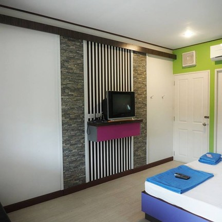 Zigzag Resort