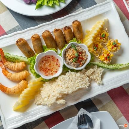 ซอสามสาย อาหารไทย สุขุมวิท ซอย 61