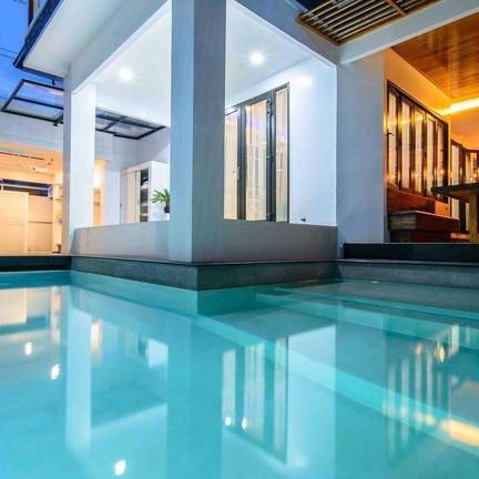 Exquisite pool villa