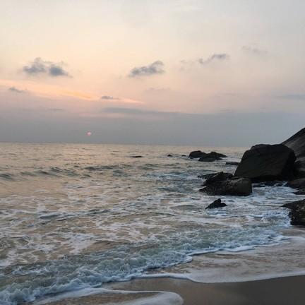 ทะเลใส ไปตอนหกโมงมองพระอาทิตย์ขึ้น โคตรสวย