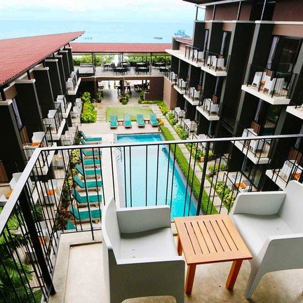 ภาพ : La Lune Beach Resort