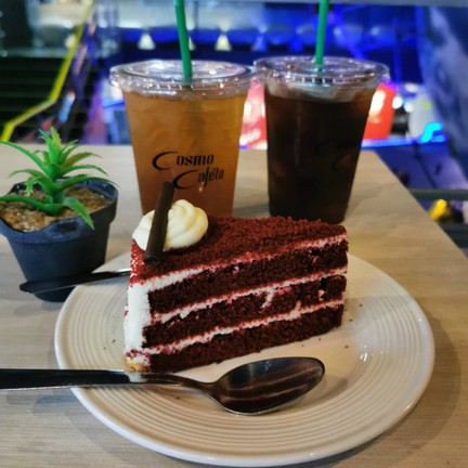 Cosmo Cafe'to Cafe
