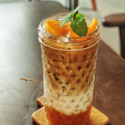 Ice Orange Latte ลาเต้ส้ม