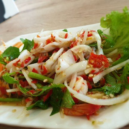 รสชาติยำเข้มข้น ผสมวาซาบิ ให้ความรุ้สึกแปลกๆรสชาติไทยๆผสมญี่ปุ่น