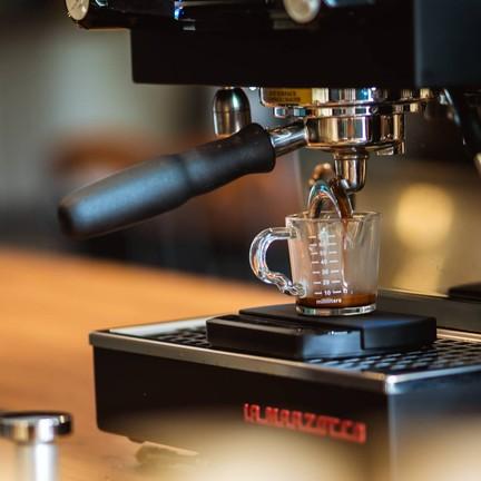มีกาแฟทั้งแบบ Espresso และ Drip