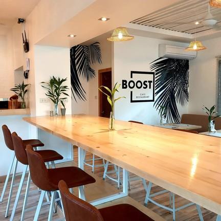 BOOST   Cafe restaurant