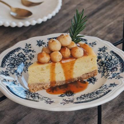 Sweet potato macadamia cheesecake