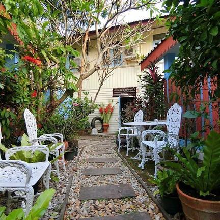ภาพจาก FB : BaanklongAmphawa HomeStay