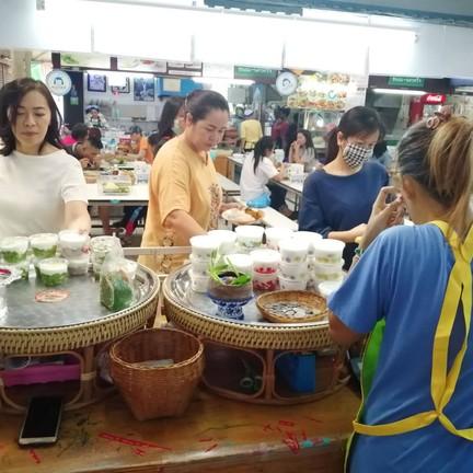 แพรวพราว ขนมไทย ณ ราม2