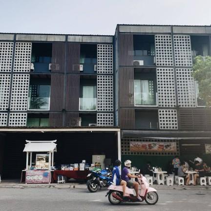 Sidewalk Bangsaen
