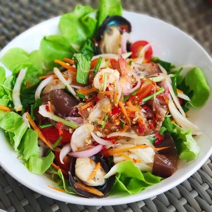 Andalay Beach Bar & Cafe