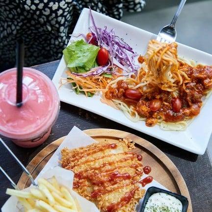 22°c Cafe Wangnamkhiao