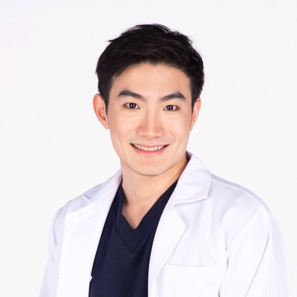 Showtime Clinic ติด MRT รัชดาภิเษก