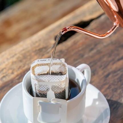 """สำหรับใครที่เป็นคอกาแฟ แนะนำ """"กาแฟดริปมะขาม"""" (40.-)"""