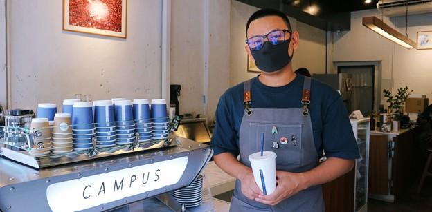 """ในวันที่เมืองเก่าภูเก็ตไม่มีคนเดิน! """"Campus Coffee"""" สู้วิกฤต Covid-19"""