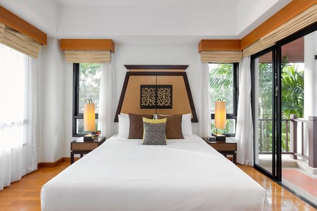 ดีลที่พัก ห้องแบบ Pool Villa จำนวน 1 คืน (รวมอาหารเช้าสำหรับ 6 ท่าน)