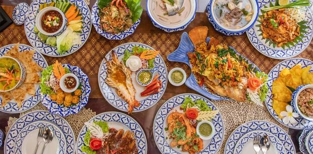 [รีวิว] เรือนรับขวัญ อ่างทอง ลิ้มรสอาหารไทยหายาก รสชาติต้นตำรับไทยแท้