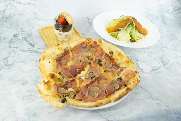 คอร์สอาหารอิเตาเลียนจัดเต็ม 3 เมนู มาทั้งสลัด พิซซ่า และของหวาน